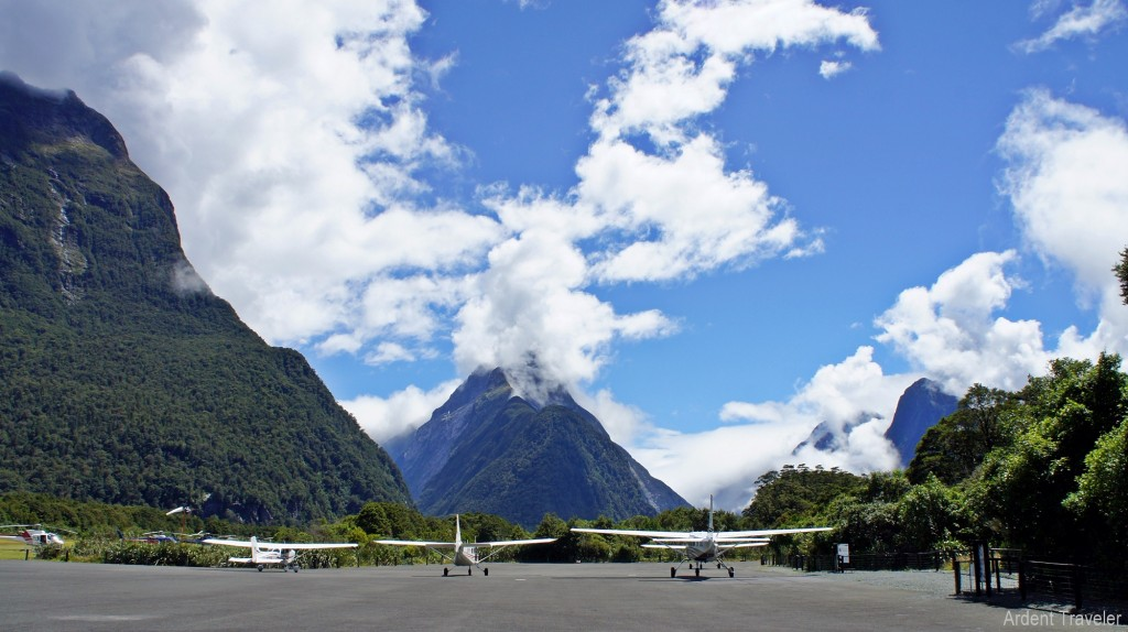 milford sound helicopter ride 3